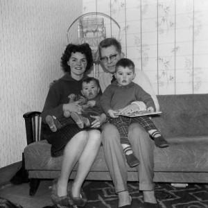 The Niemann family, when Derek was a toddler